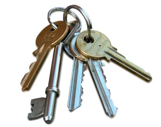 Çilingir ve Anahtar