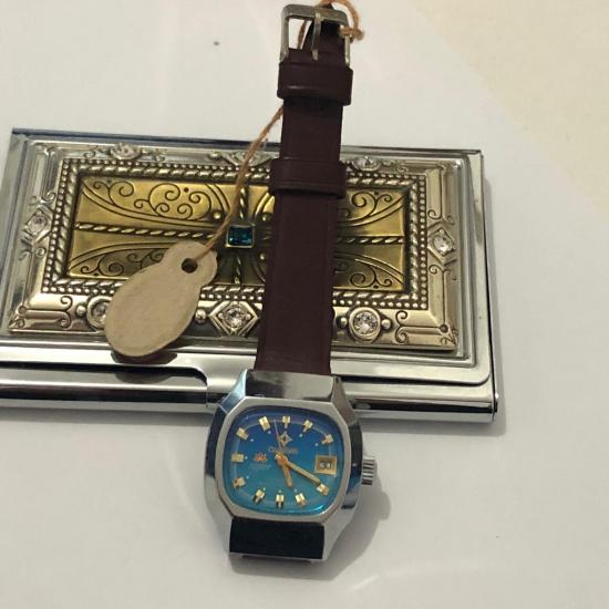 Kurmalı Kadın Kol Saati (sıfır) 1970'lerin modası