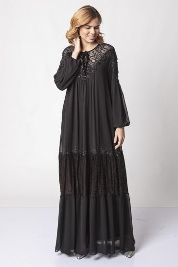 İşlemeli Yakma Kadife Elbise - Siyah